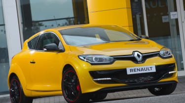 持续的MK3 Renaultsport Megane现在正在销售