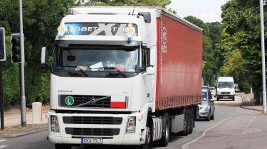 外国卡车司机在HGV征收前两年收取96万英镑