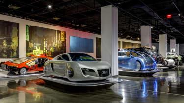 好莱坞最伟大的科幻电影汽车在洛杉矶展览会